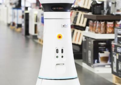 Saturn Ingolstadt Roboter Paul