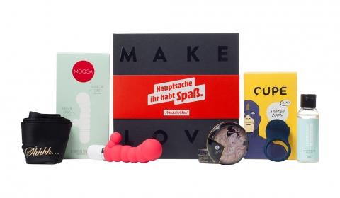 """Für experimentierfreudige Paare die """"Hauptsache Ihr habt Spaß""""-Box von MediaMarkt und Amorelie"""