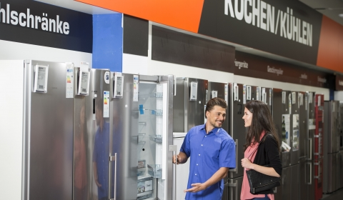 Saturn consultation refrigerator